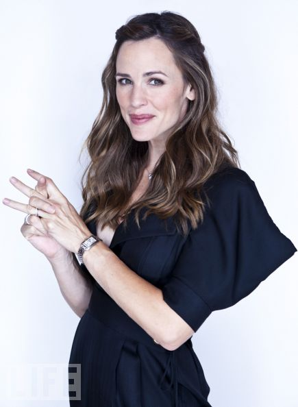 Jennifer Garner poses at the Toronto Film Festival at the LIFE Portrait Studio